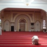Prayer Behind Ghayr Muqallid Imam